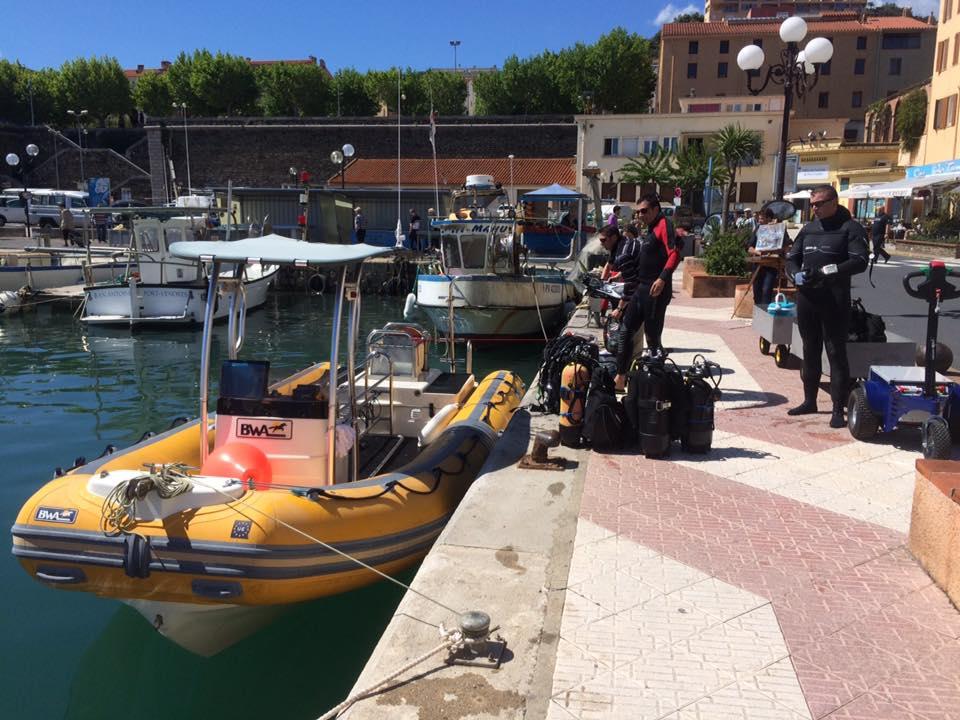 Accès facile au quai du port de Port-Vendres